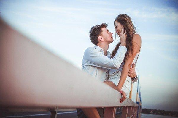 不倫恋愛彼結婚
